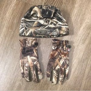Other - Men's Max 5 Beanie and Gloves